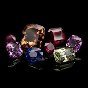 камни1 300x300 Драгоценные камни на все времена....
