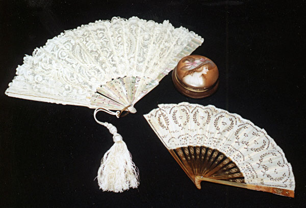 веер 18 век Модные украшения в России 18 век