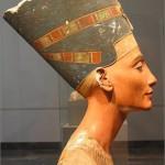 Нефертити египетская царица 150x150 Находки старинных украшений.