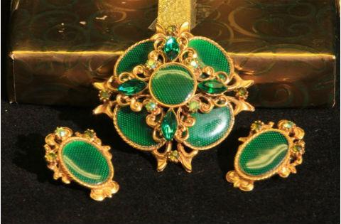 антикварные драгоценные украшения Антикварные ювелирные украшения