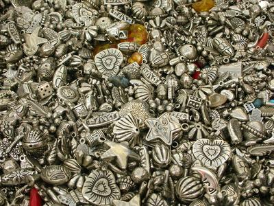 Fotolia 32820778 XS Cлавянские обереги из серебра