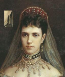 диадема и ожерелье 254x300 Драгоценности семьи Романовых