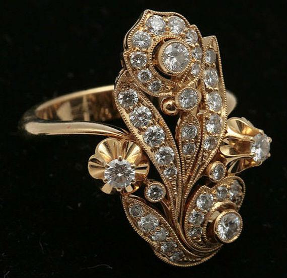 кольцо с бриллиантом Бриллиантовые украшения
