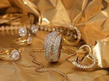 украшения с бриллиантами Бриллиантовые украшения
