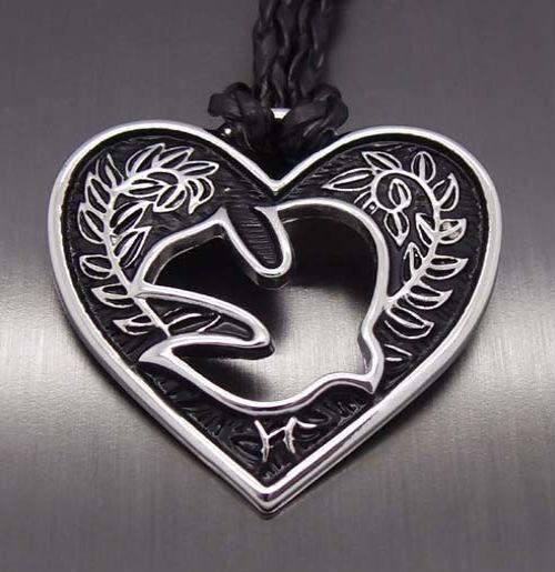 талисман в виде сердца Талисманы для женщин