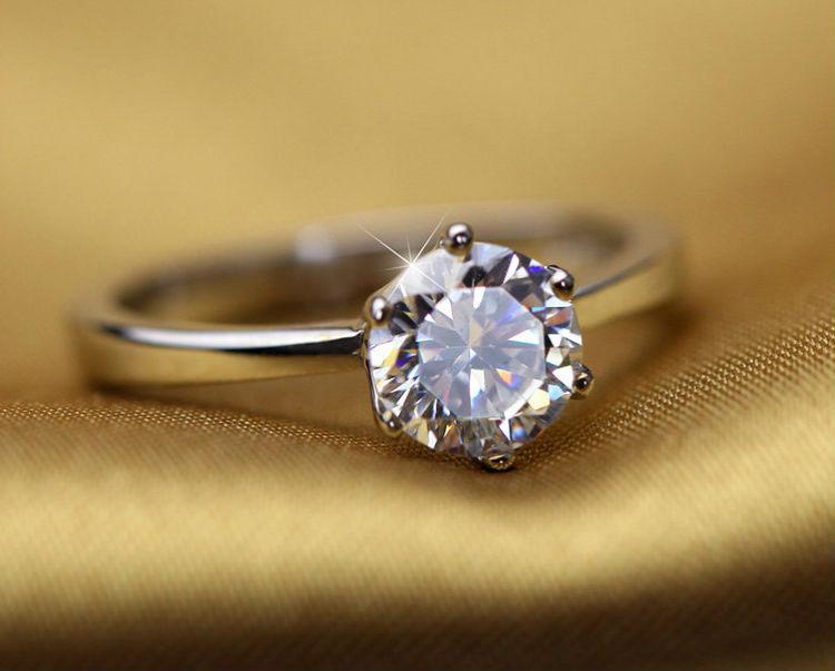 колечко с бриллиантом Кольца с бриллиантом виды, дизайн, тип оправы, форма камня как выбрать