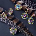 модные украшения с камнями 150x150 Футляры для колец: желанный подарок в оригинальной упаковке
