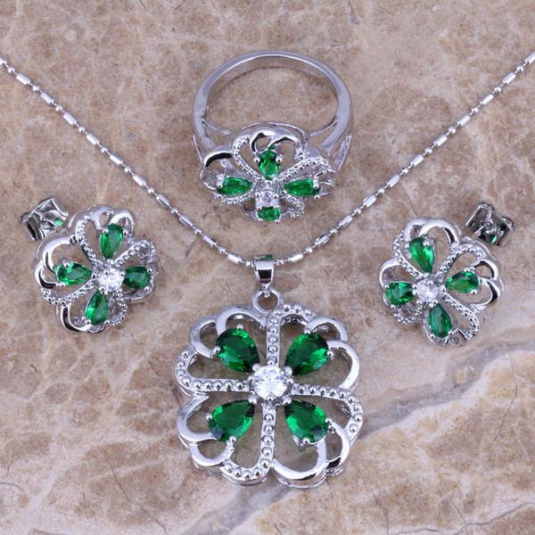 ювелирные украшения с зелеными камнями Сочетание камней в ювелирных изделиях