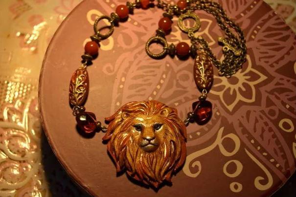 Какие подарки дарят львам 83