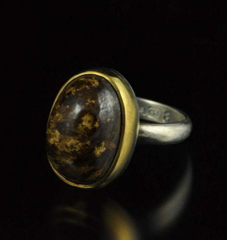 кольцо с этнанситом Энстатит